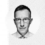 Podcast Panoptykon 4.0. Jaka przyszłość czeka media? Rozmowa z Andrzejem Skworzem. Okladka.